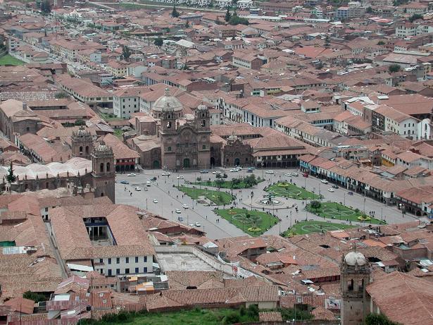 VISTA_PLAZA_ARMAS.Bypladsen-i-Cusco