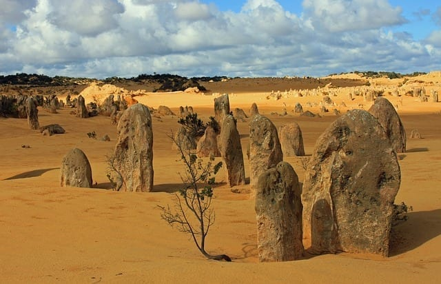 pinnacles-649092_640